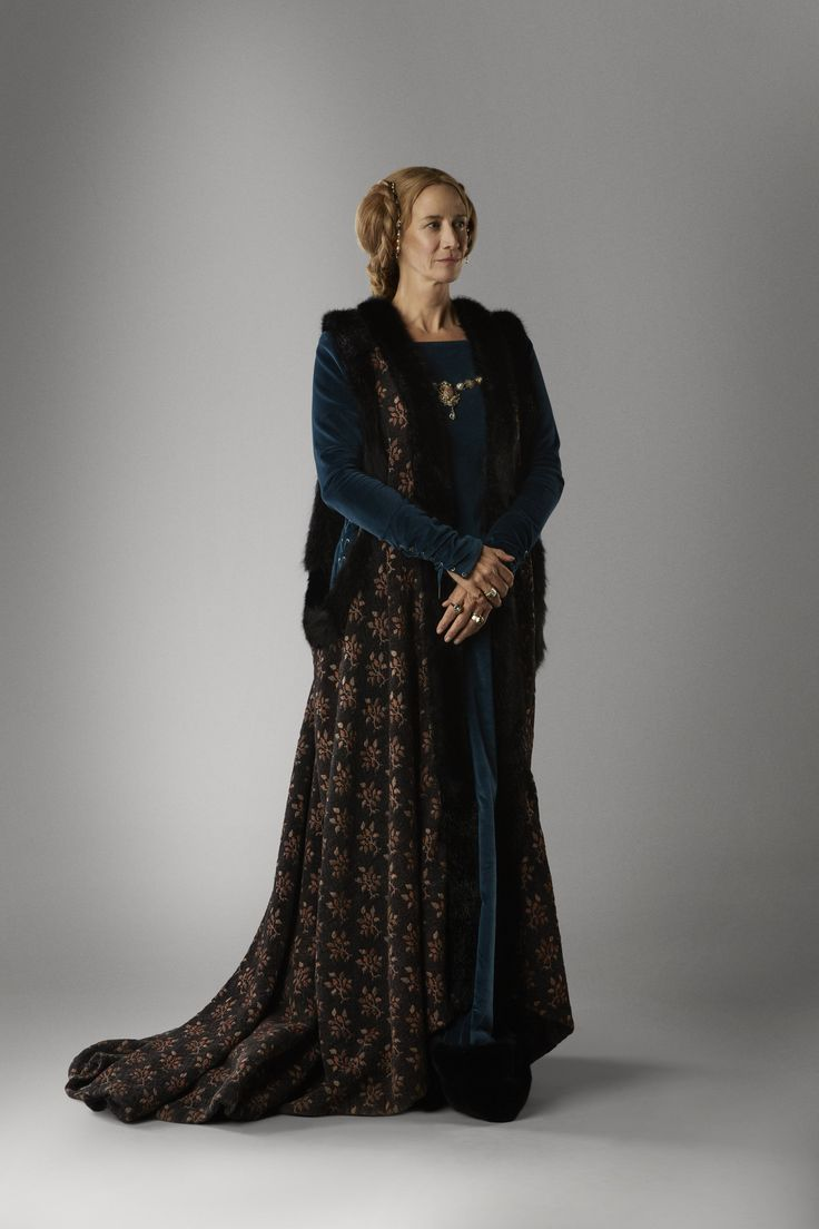 janet mcteer as jacquetta woodville in the white queen tv series 2013 series costume. Black Bedroom Furniture Sets. Home Design Ideas