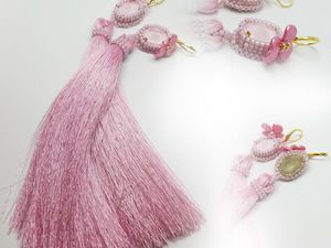 Серьги с шелковыми кистями и кристаллами Сваровски «Розовые лепестки» | Ярмарка Мастеров - ручная работа, handmade