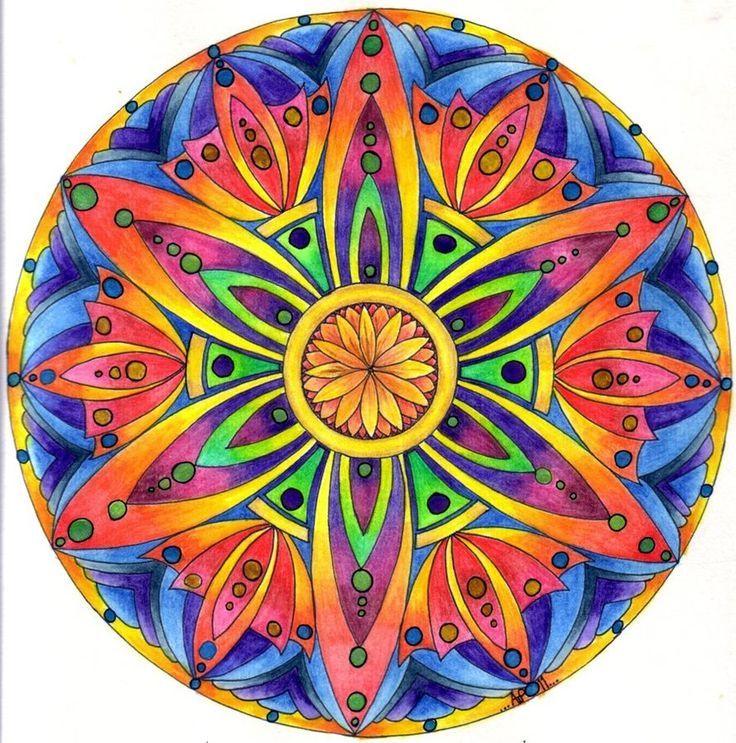 Mandalas na Pinterestu | Šperky, Posvátná Geometrie a Halucinogenní