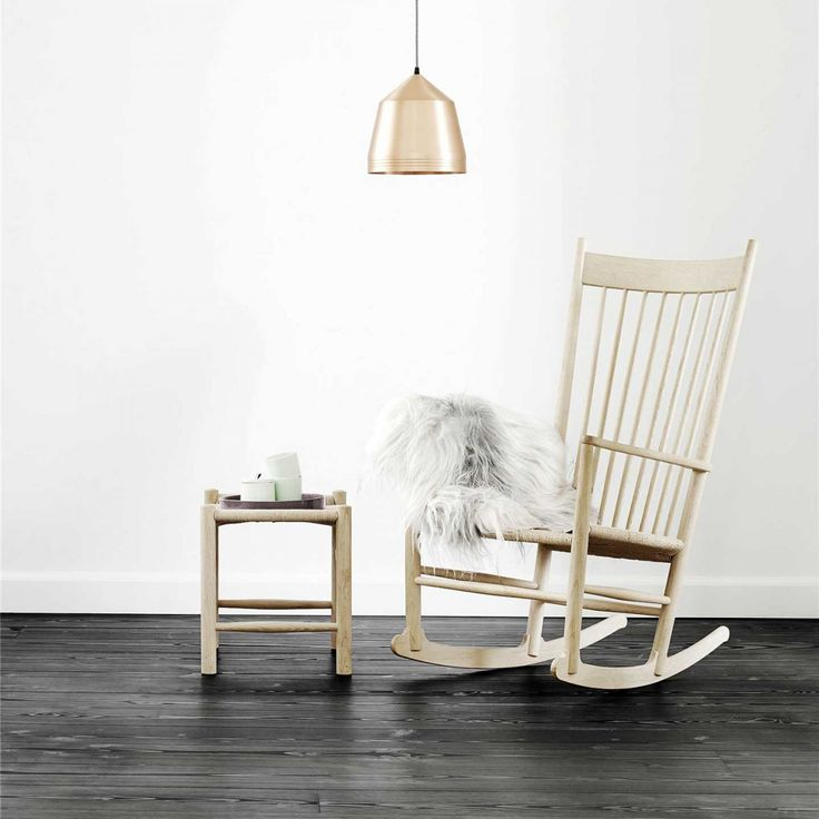 Time to relax. Hans J. Wegner's rocking chair J16 offers the perfect spot for hours and hours of daydreaming.