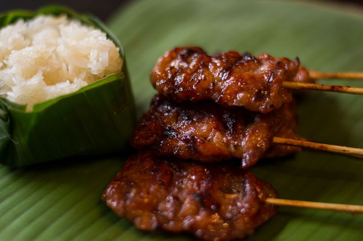 Thai street food is one of the benefits to living in Thailand & this Moo Ping is just one example of the extremely mobile nature of food culture in Thailand.