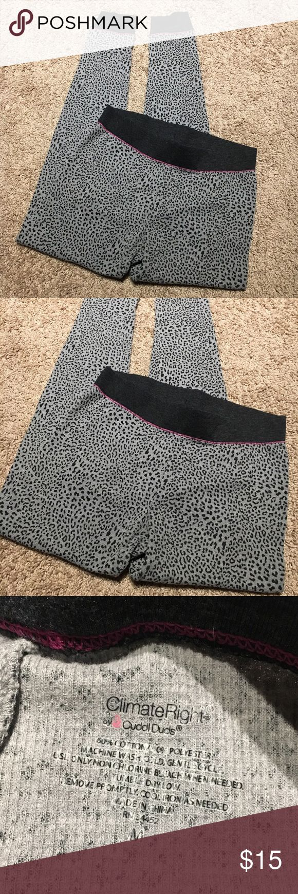 Leopard print leggings Climate Right leggings / pants! Perfect to wear to work out, under ski pants, or just for going out! Size medium. I offer discounts for bundles and welcome offers :) Pants Leggings