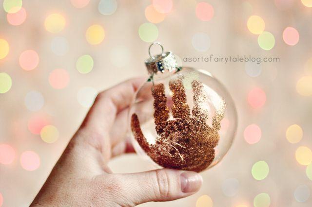 A Sorta Fairytale: Baby's 1st Christmas - Handprint Ornament. Take 2!