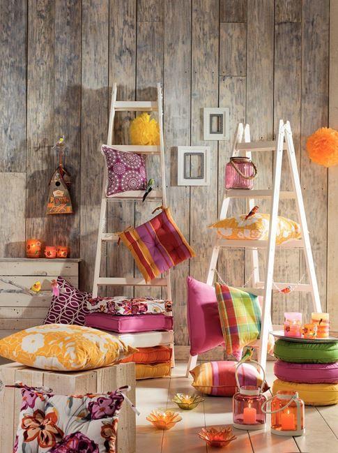 In aceasta primavara sa indraznim sa combinam culorile. Perna galbena spring, 54,99 lei #kikaromania #primavara #culori #design