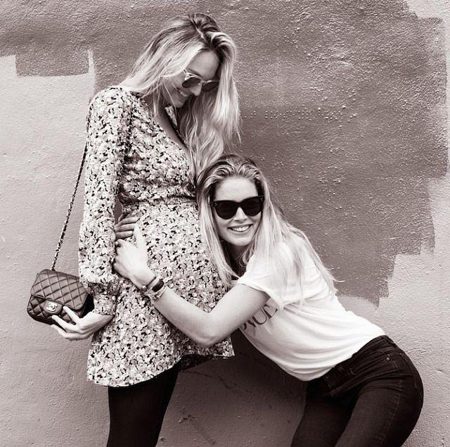 Модель в декрете: 10 фото беременной Кэндис Свэйнпоул | Герои Tatler | Tatler – журнал о светской жизни