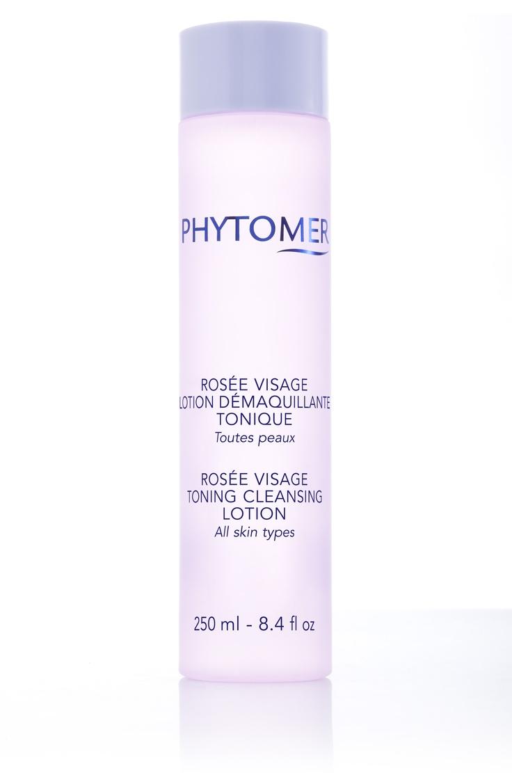 Lotion démaquillante tonique Rosée visage utilisée pour les soins fondamentaux du visage.    Ce produit est  disponible à la boutique du Spa et Hôtel le Finlandais.