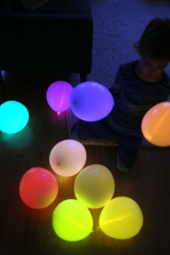 Pin for Later: 21 Unplugged Kid Activities For Screen-Free Fun Glow Stick Balloons Set the tone for an epic dance party or hide-and-seek in the dark by first making glow stick balloons that will keep shining bright for hours.