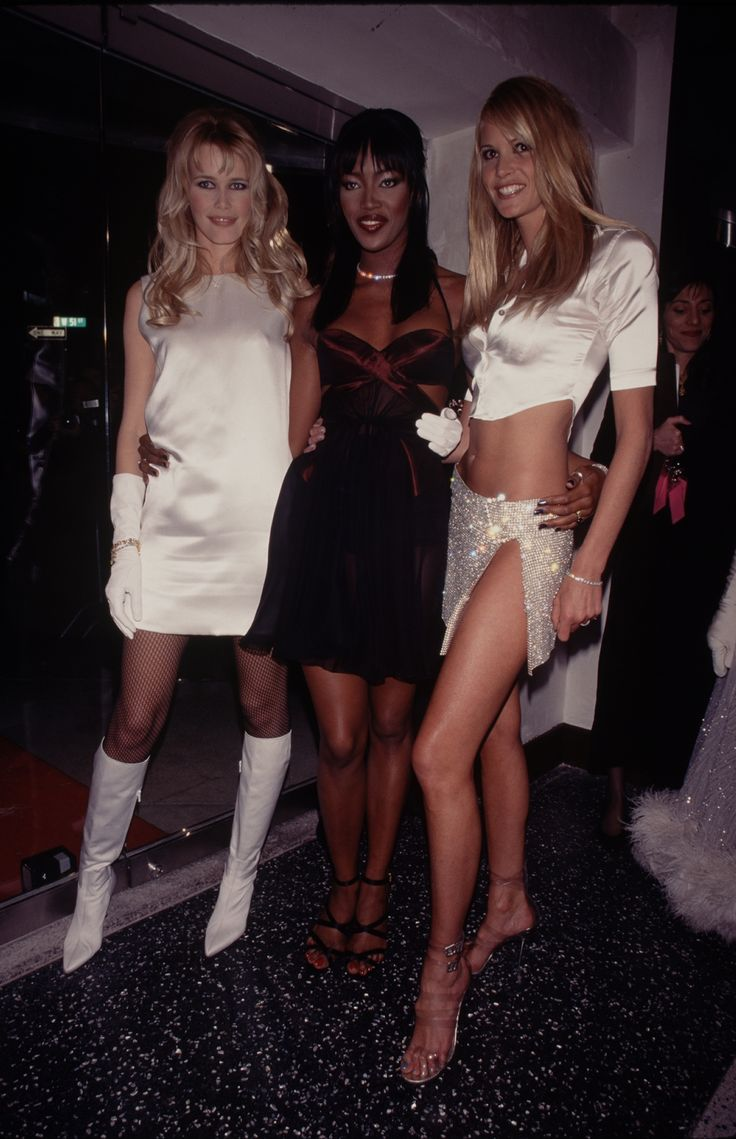 Claudia Schiffer, Naomi Campbell, and Elle MacPherson, 1995