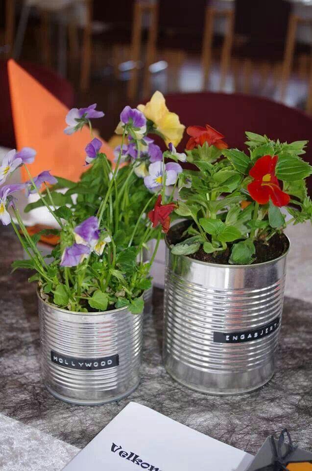 Blomster og pynt til konfirmasjon