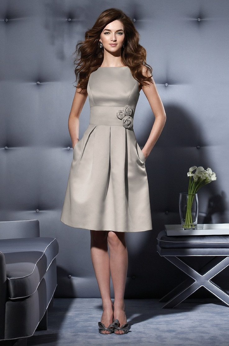 A Line Knee Length Satin Wedding Party Bridesmaid Dresses