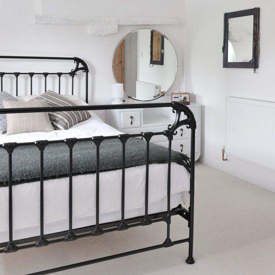choose a slimline black metal bed frame - Black Bed Frame