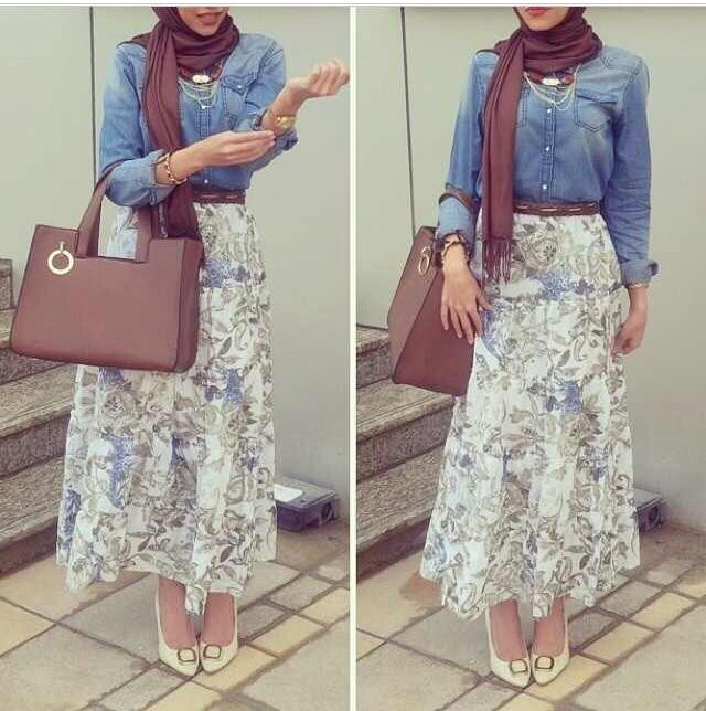 Hijab fashion, patterned maxi skirt, jeans jacket, brown veil, brown bag, fashionista.