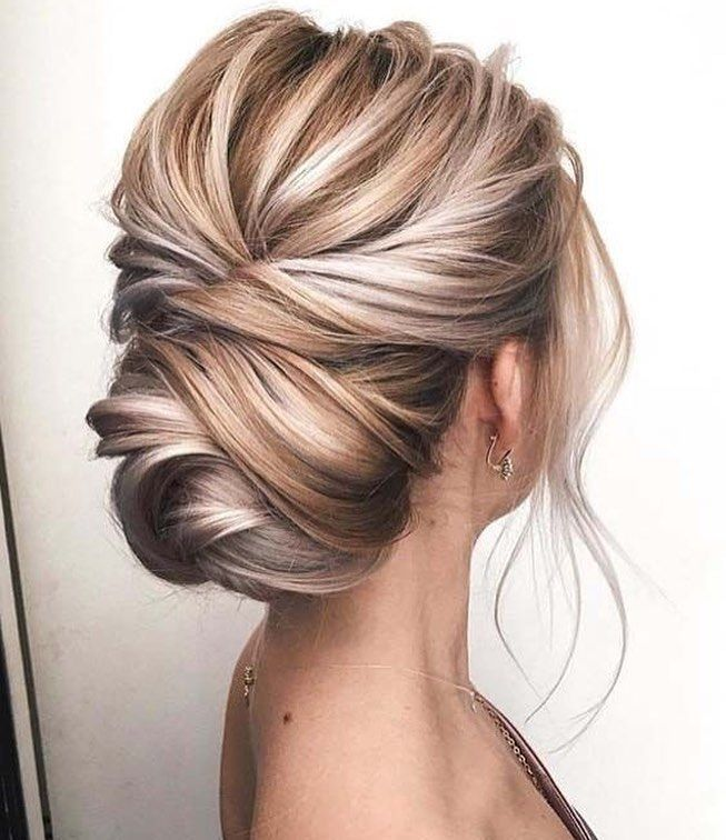 Rodrigo Ramas On Instagram Bom Dia Madrinhas Weddingbun Wedding And Engagement Hairstyles 2019 Hair Styles Blonde Updo Hairstyle