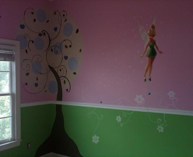 21 best tinkerbell bedroom images on pinterest for Tinkerbell bedroom furniture