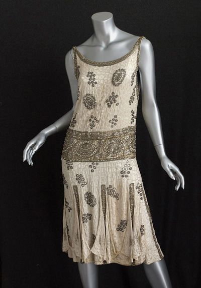 French beaded flapper dress, c.1925, from the Vintage Textile archives.