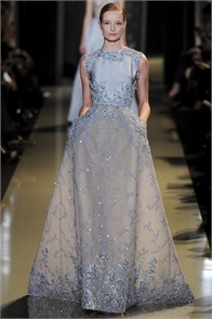 Elie Saab - click on the photo and flip through complete collection on Vogue.it