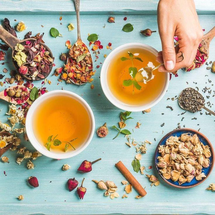 #GoodMorning #EmiliaFoodLovers great #breakfast today! Two cups of healthy herbal #tea with #mint #cinnamon dried rose and #camomile #flowers! A spoon of #honey of our selection... have a good day  Buongiorno EmiliaFoodLovers splendida #colazione questa #mattina! Due tazze di #tè alla #menta #cannella fiori di rose e #camomilla! Un po' di #miele della nostra selezione e buona giornata a tutti voi!  www.emiliafood.love stiamo arrivando #EmiliaFoodLove #ComingSoon  #food #storytelling…