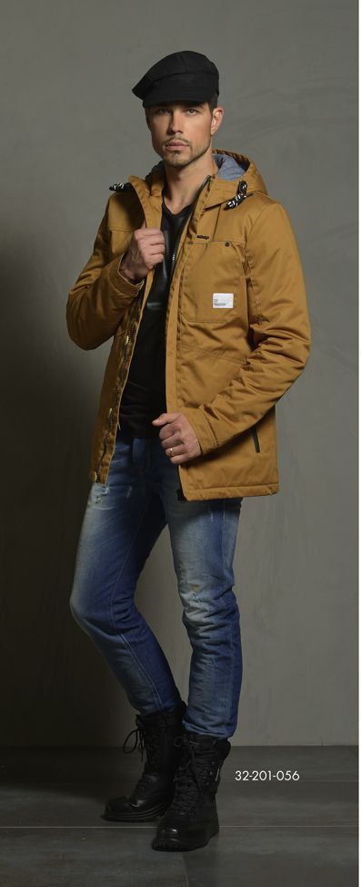 Men's jacket with hood. www.biston.gr