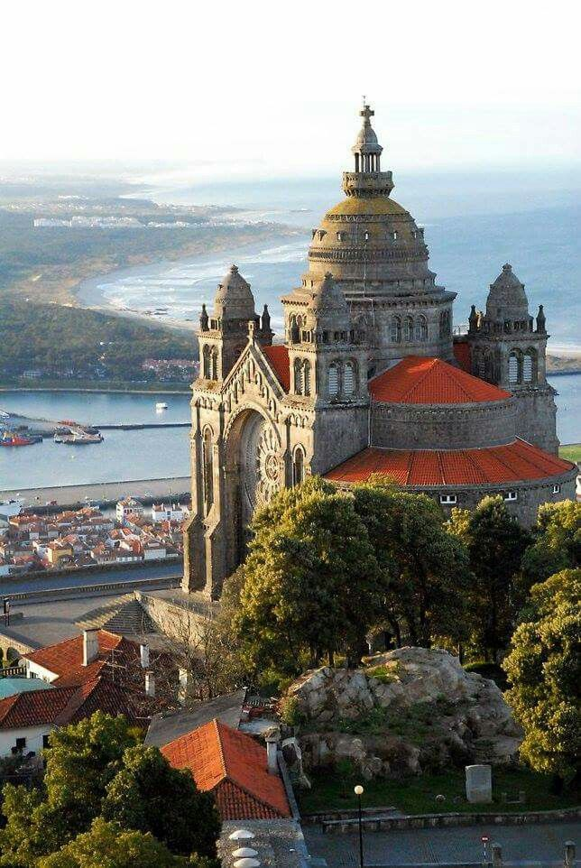 15th century Cathedral of Viana do Castelo, Portugal