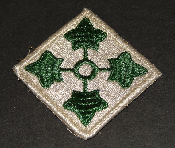 The Fourth 4th United States Army Division Patch Shoudler Patch Collectible to wear or us as a prop or just collect  http://www.rarevintagecollectibles.com