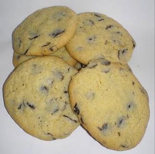 Choc chip vanilla cookies