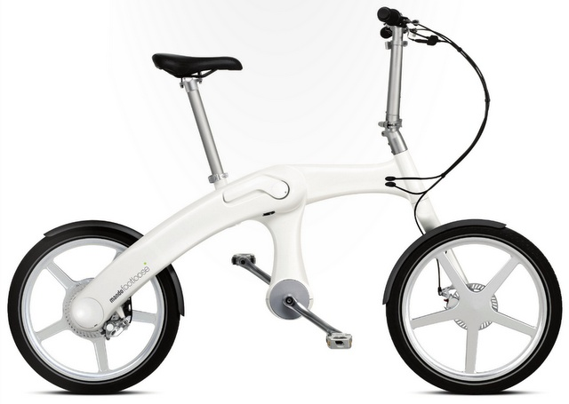 チェーンのない折り畳み式電動自転車 | Mando Footloose    Read more: http://www.monogocoro.jp/2012/09/19/mando-footloose.html#ixzz26yrkGVGz