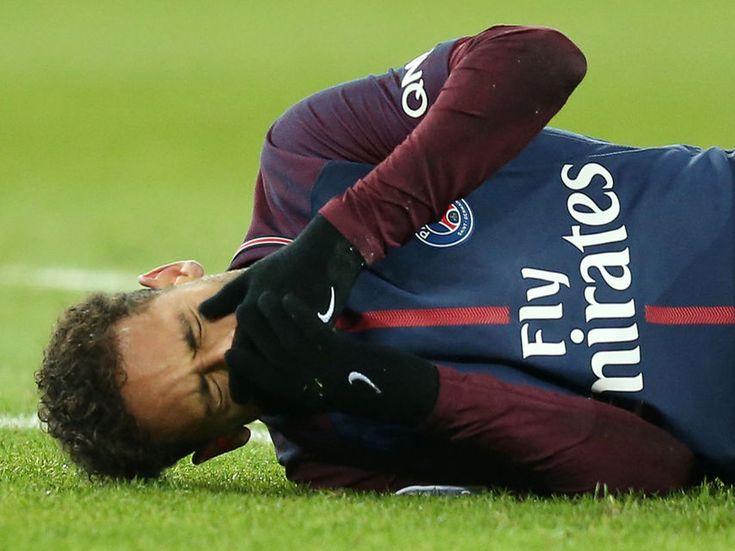 Neymar se operará y no estará contra el Real Madrid en la vuelta de Champions