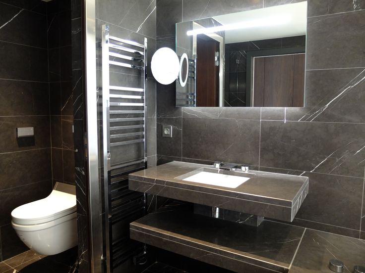 Oltre 25 fantastiche idee su doccia in pietra su pinterest - Rivestimento doccia in pietra ...