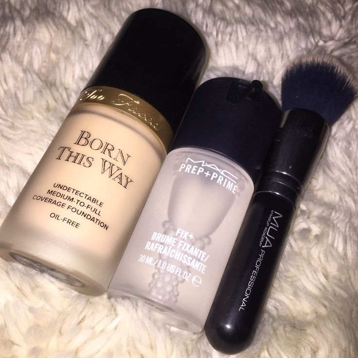 how to put foundation on face