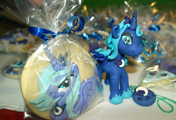 Princess Luna My Little Pony Clay Cake Topper And Cookies