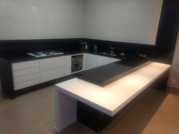 Bancada Cozinha Em Granito Preto Sao Gabriel E Mesa Em Sintetico