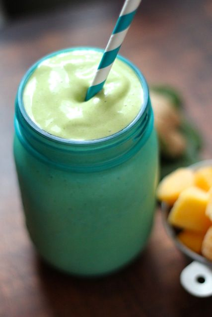 Ginger Mango Spinach Smoothie-Fill Your Day With Green! Yummy Green Smoothie Recipes