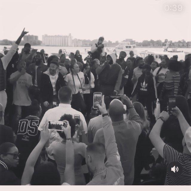Beautiful Morning Shopwithhayes Kanyesundayservice Yeezypalette Detroitmichigan Yeezymafi Kanye West Concert Good Music Concert