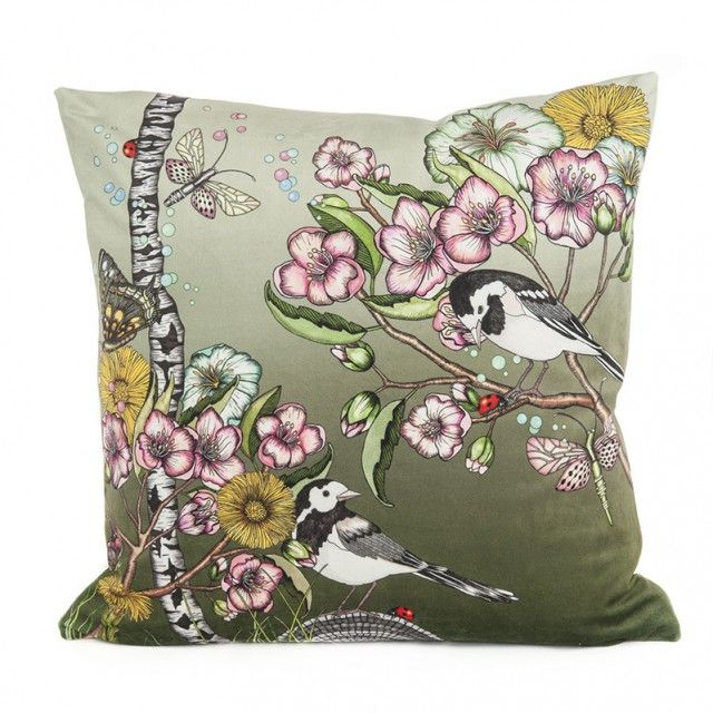 Wagtails spring green - Nadja Wedin - Nordic Design Collective