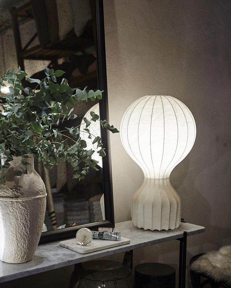 White Cocoon – Flos Gatto! Classic design from 1960 by brothers Achille and Pier Giacomo Castiglioni #flos #gatto #artillerietstore #artilleriet #aesop #gubi #tsconsole