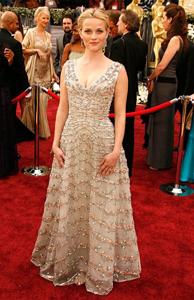 2006: Reese Witherspoon za Spacer po linie, suknia Diora