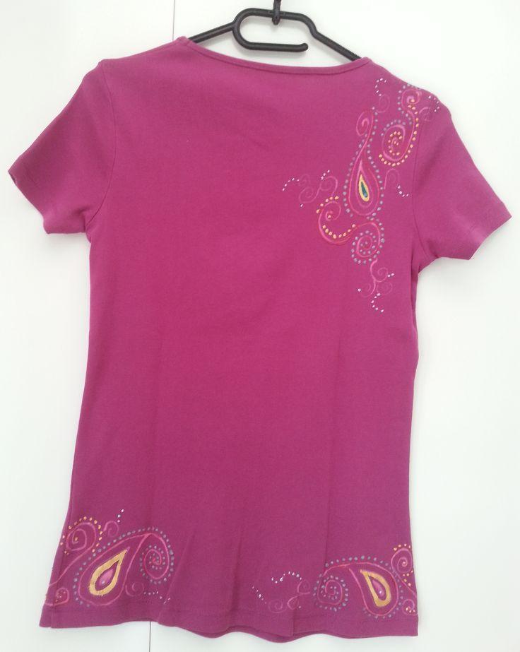 Maglietta fucsia in stile indiano (dietro) - pittura su stoffa