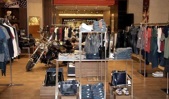 Дизайн оформление витрины магазин джинсы