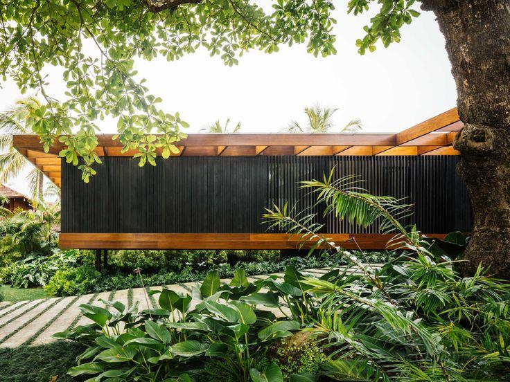 Holzhaus im Grünen von Jacobsen Arquitetura / Brasilianisch Wohnen - Architektur und Architekten - News / Meldungen / Nachrichten - BauNetz.de