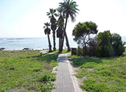 3 Bedroom House for sale in Shelley Point, St Helena Bay R 1 275 000 Web Reference: P24-101253517 : Property24.com