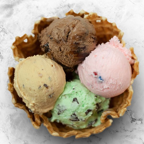 Can T Pick Just One Favorite Bruster S Flavor Now You Don T Have To Introducing Our New Waffle Bowl Ice Cream F Mint Chocolate Chips Mint Chocolate Ice Cream