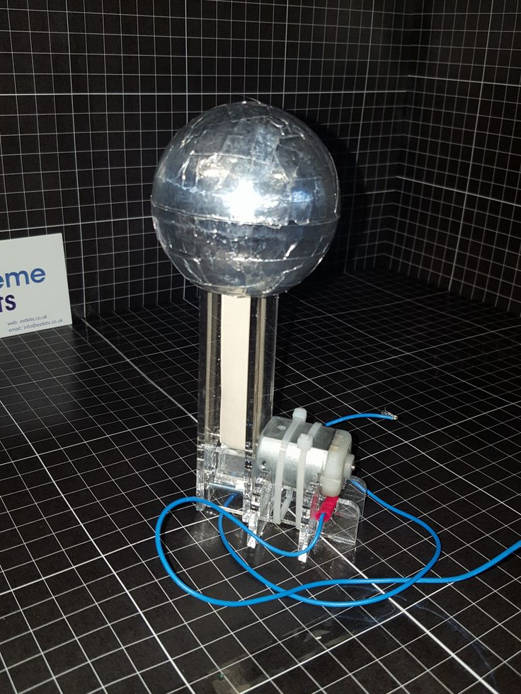 Mini Van De Graaff (VDG) Generator kit 40,000V of sparky