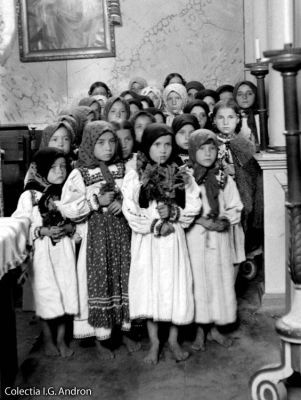 Tara Oasului in Imagini - Osenii de alta data - Colectia I.G. Andron