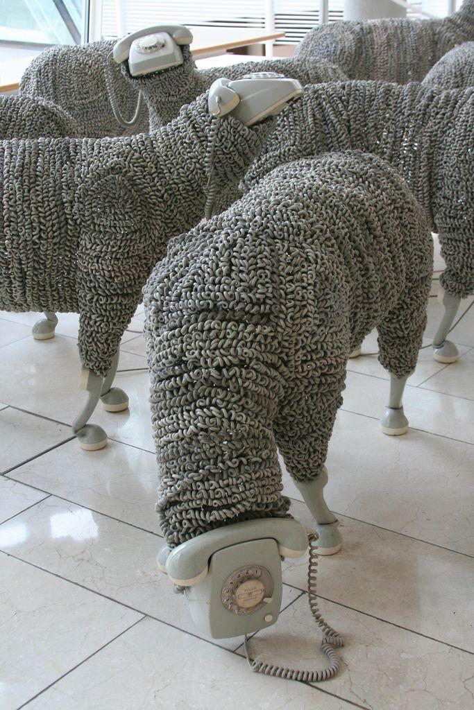Más tamaños | I can't hear you, it's a baaaaa-d line | Flickr: ¡Intercambio de fotos!
