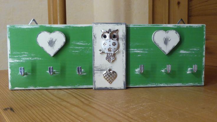 Hakenleisten - ♥ Schlüsselbrett *Eule* und Herzen  *meingreenery* - ein Designerstück von DekoHolzStube bei DaWanda