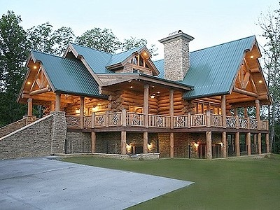 Bride Chose Her Wedding Venue Picked A Beautiful Gatlinburg Cabin Rental On HomeAway