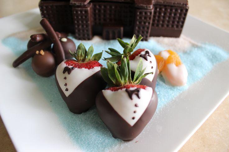 Delicious Chocolate Tuxedo Strawberries!