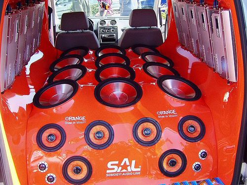 Gallery of Vehicles with GIANT Sound Systems! | Mark Traffic