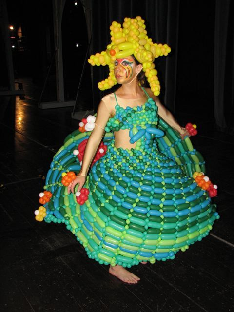 Let's celebrate in balloon-dress!
