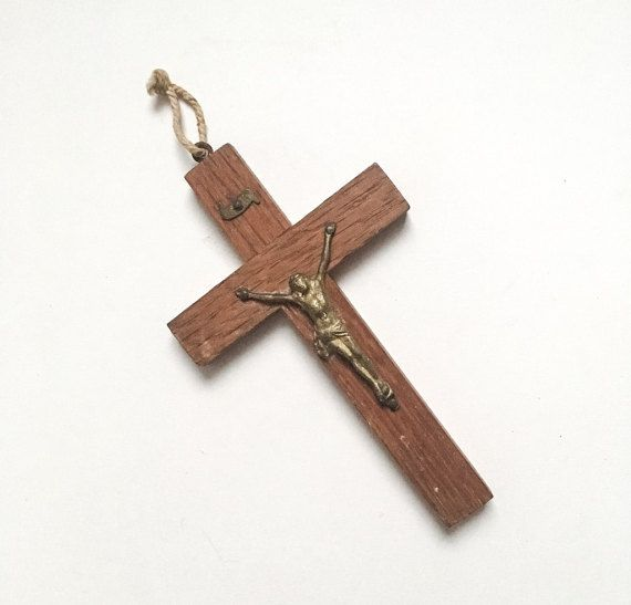 Little vintage wood & metal crucifix  by GalabeerandtheDog on Etsy